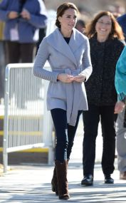 Kate middleton casual style outfit 10